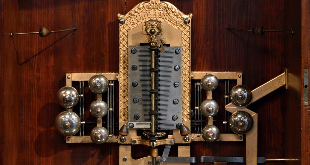 Symphonion mechanical music box